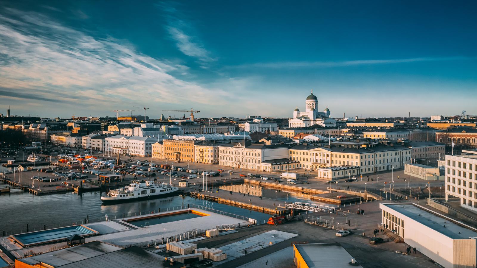 Helsínquia e Capitais Bálticas